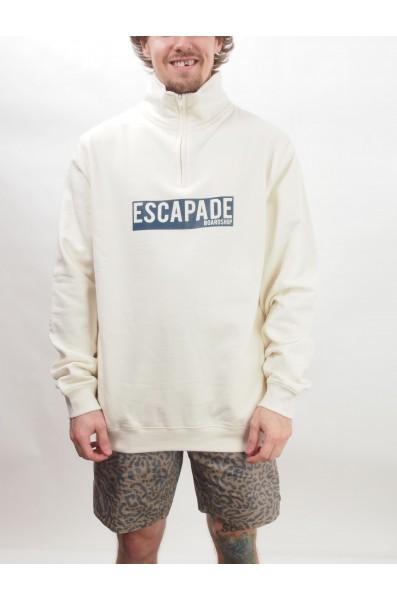 Escapade 1/4 Sweatshirt Box Script
